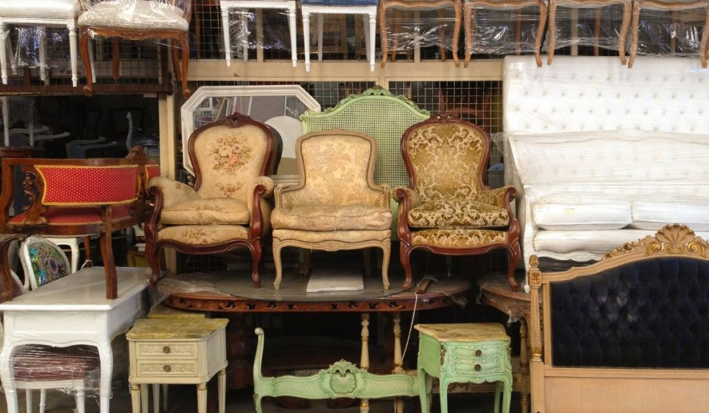 flea market for old chairs